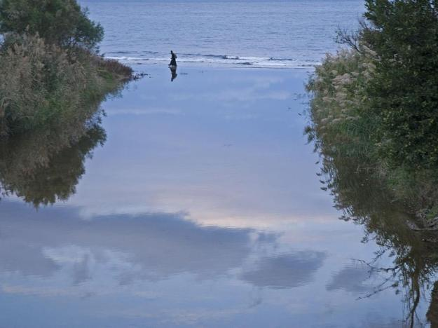 Eπί των υδάτων (by Theologos)